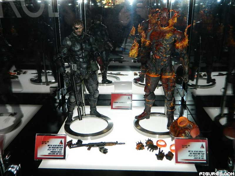 New-York-Toy-Fair-Play-Arts-Metal-Gear