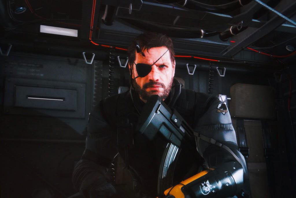 Mgsv Elicottero : Snake hangs out in his helicopter on pics from kojima s