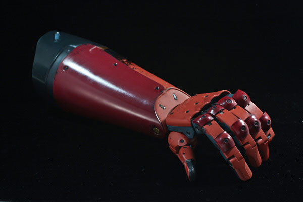 MGSV-TPP-Full-Scale-Bionic-Arm-2