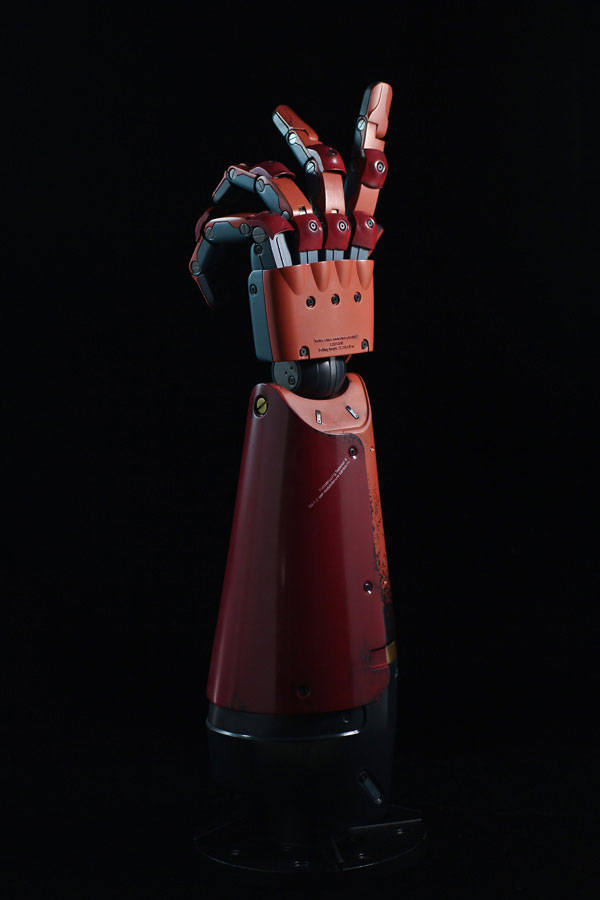 MGSV-TPP-Full-Scale-Bionic-Arm-5