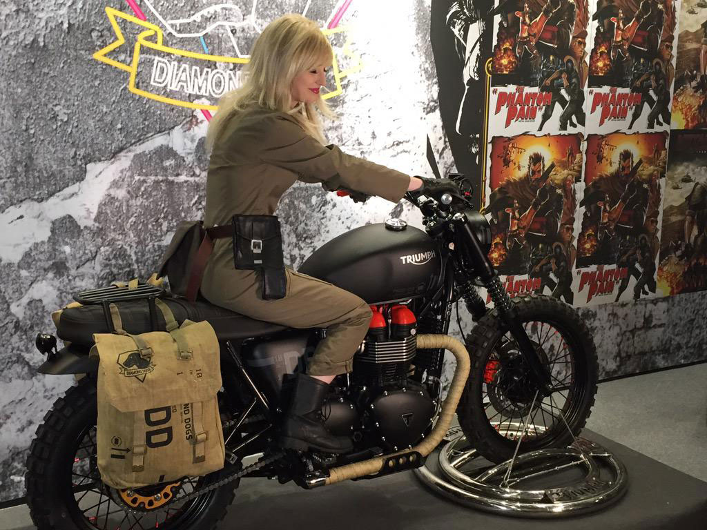 Comic-Con-London-VTB1-Venom-Triumph-Bonneville
