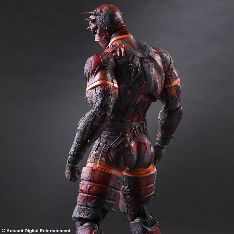 MGSV-TPP-Man-on-Fire-Play-Arts-2