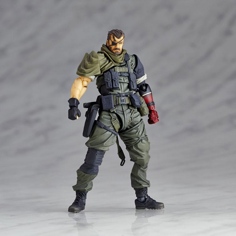 RevolMini-Venom-Snake-Olive-Drab-1