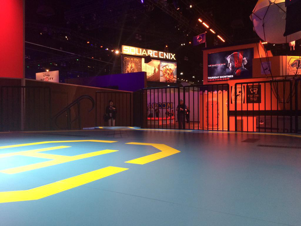 MGSV-Booth-E3-2015-Day-Three-Helipad