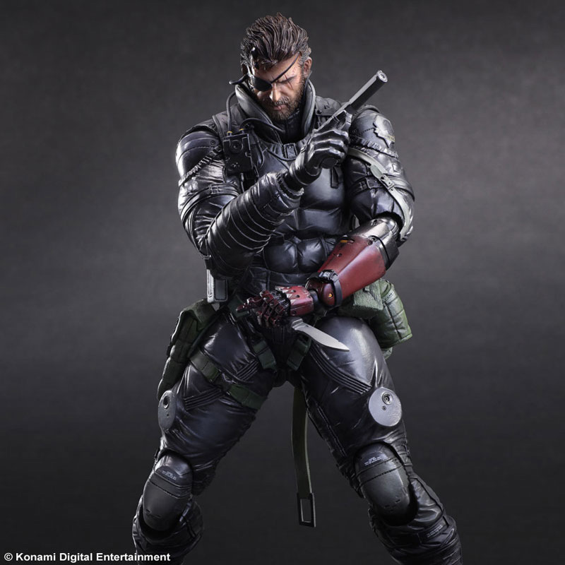 MGSV-TPP-Sneaking-Suit-Snake-Play-Arts-4