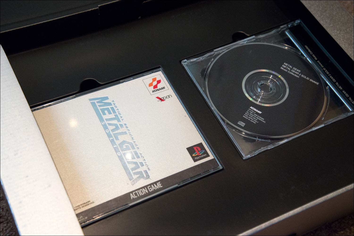 Metal-Gear-Solid-Premium-Package-Discs