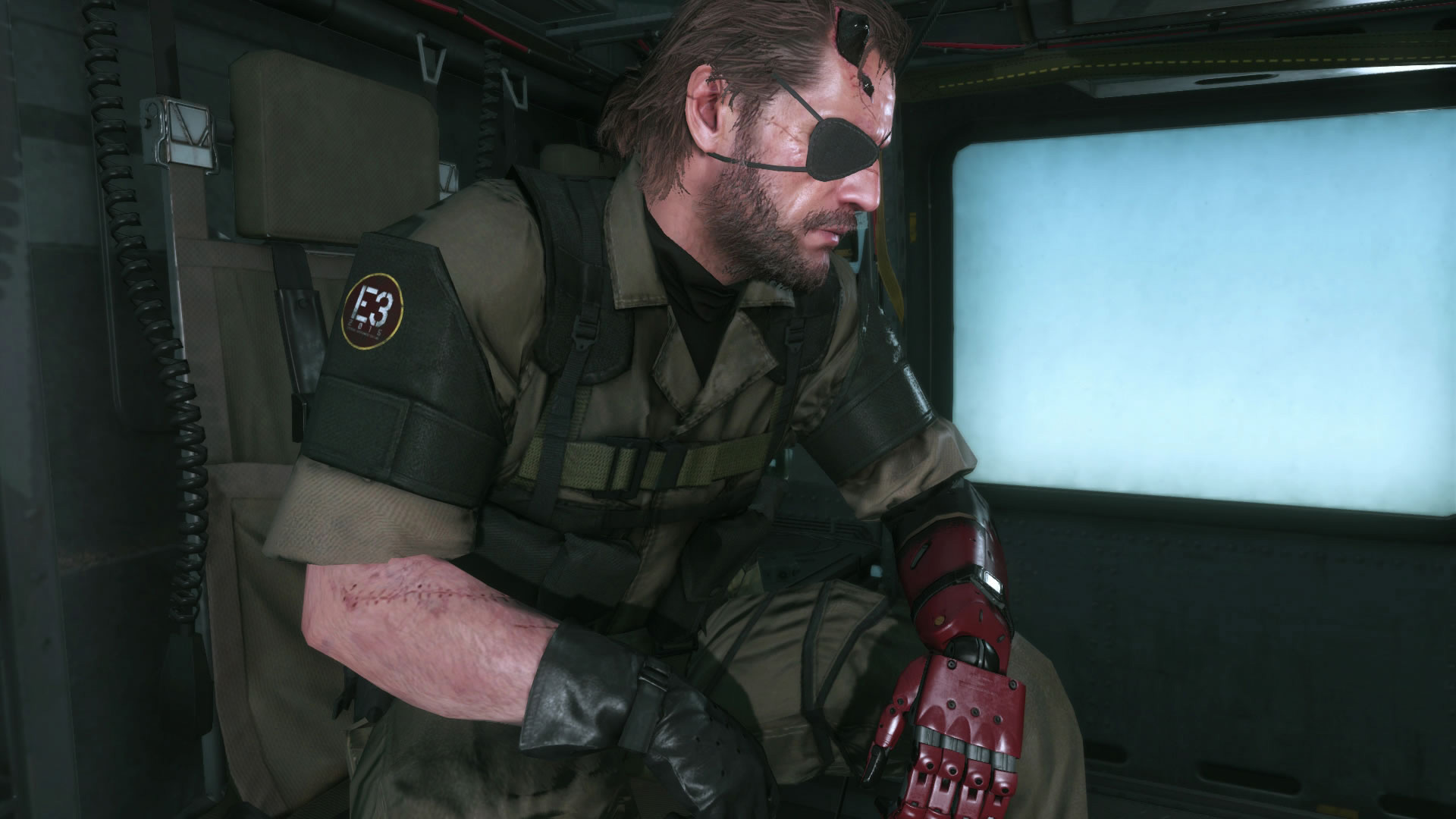 Metal-Gear-Solid-V-The-Phantom-Pain-E3-2015-Screen-Big-Boss-Emblem