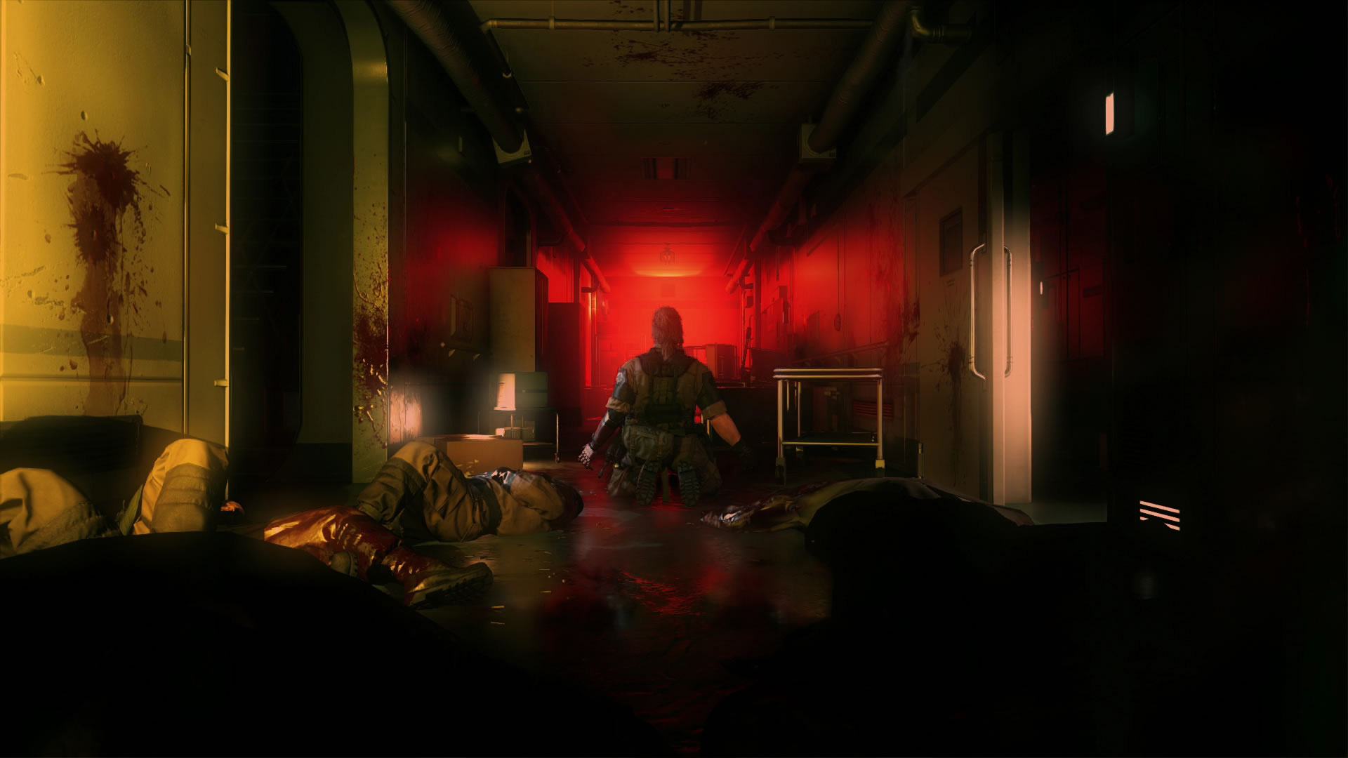 Metal-Gear-Solid-V-The-Phantom-Pain-E3-2015-Screen-Big-Boss-Hallway