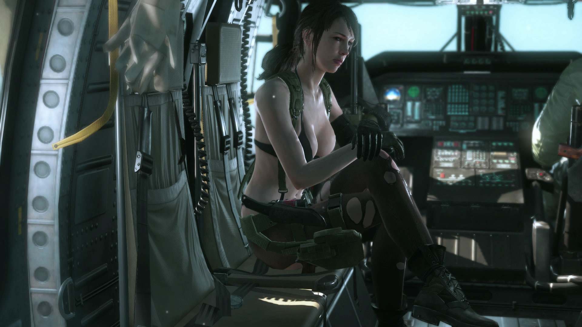 Metal-Gear-Solid-V-The-Phantom-Pain-E3-2015-Screen-Quiet-Chopper