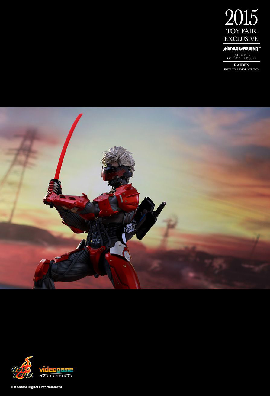 Hot-Toys-Inferno-Armor-Raiden-10
