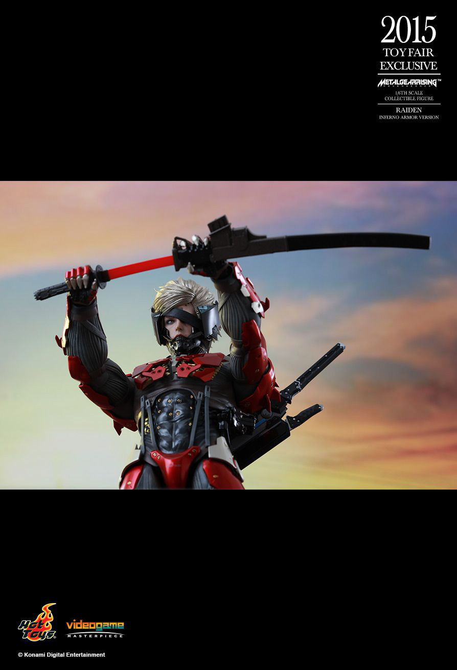 Hot-Toys-Inferno-Armor-Raiden-12