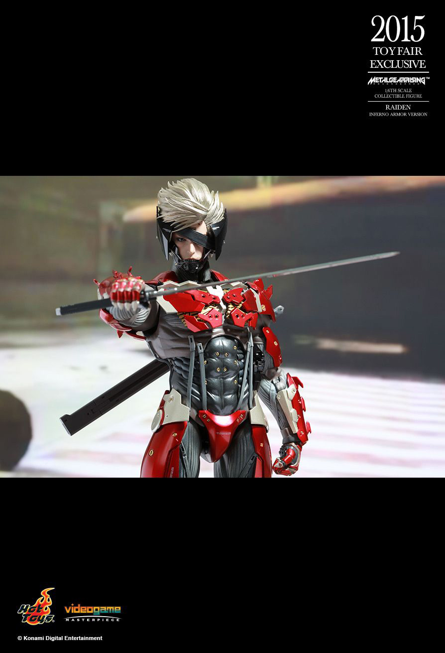 Hot-Toys-Inferno-Armor-Raiden-14
