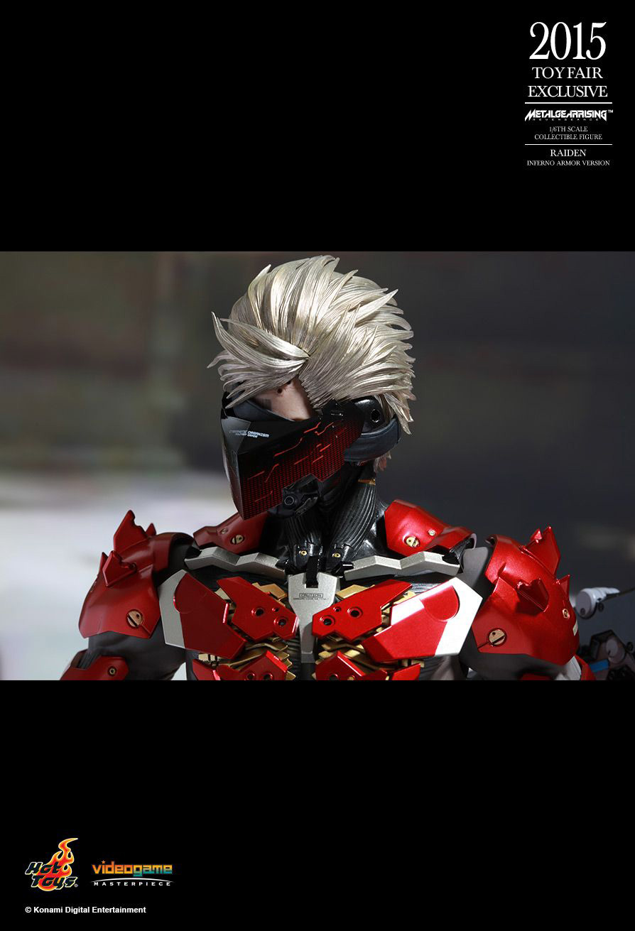 Hot-Toys-Inferno-Armor-Raiden-16