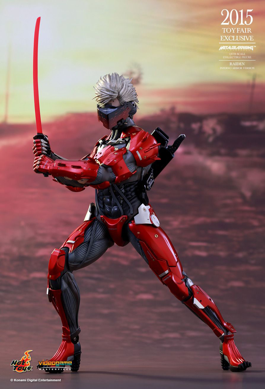 Hot-Toys-Inferno-Armor-Raiden-2