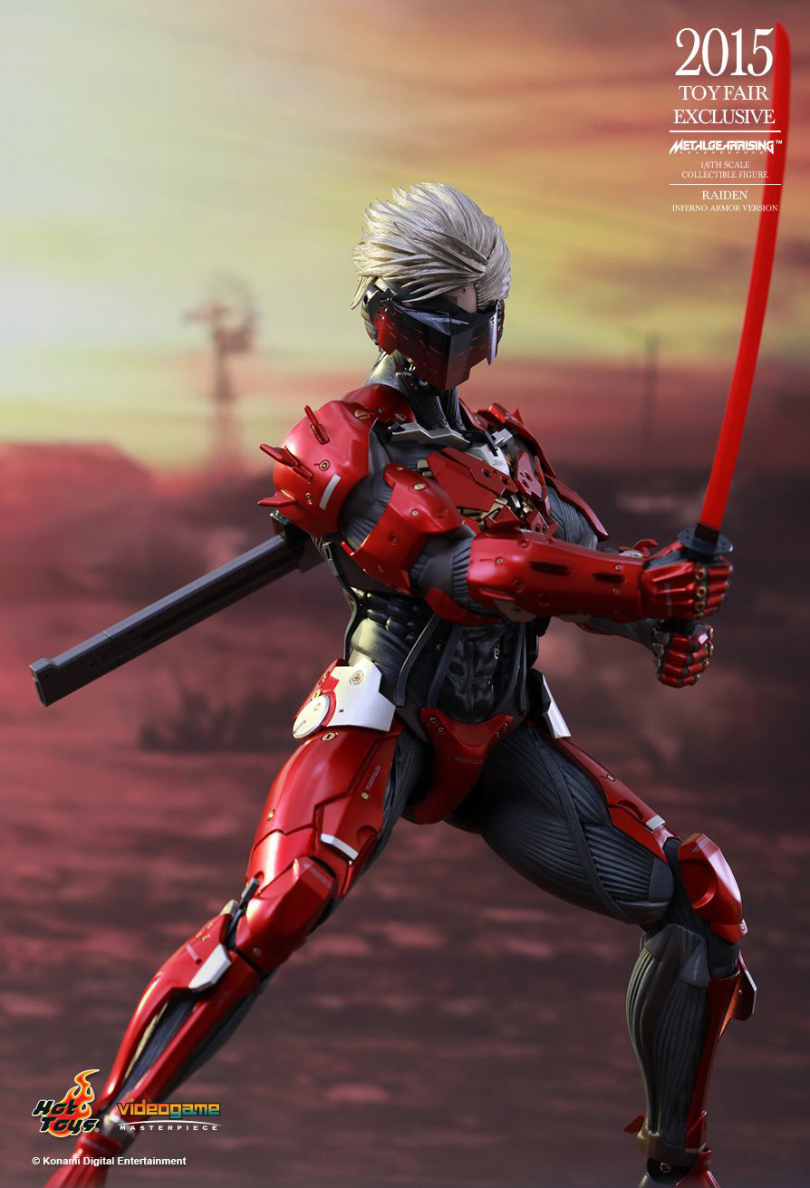 Hot-Toys-Inferno-Armor-Raiden-3