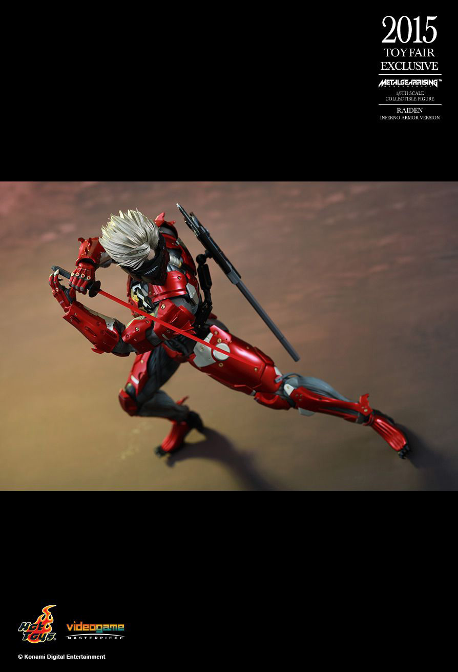 Hot-Toys-Inferno-Armor-Raiden-8