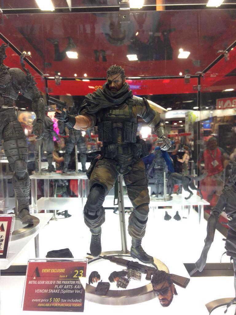 SDCC-MGSV-TPP-Figure-Venom-Snake-Splitter-2