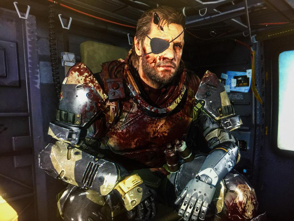 MGSV-The-Phantom-Pain-Blood-Covered-Snake