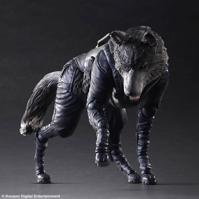 Play-Arts-Diamond-Dog-2