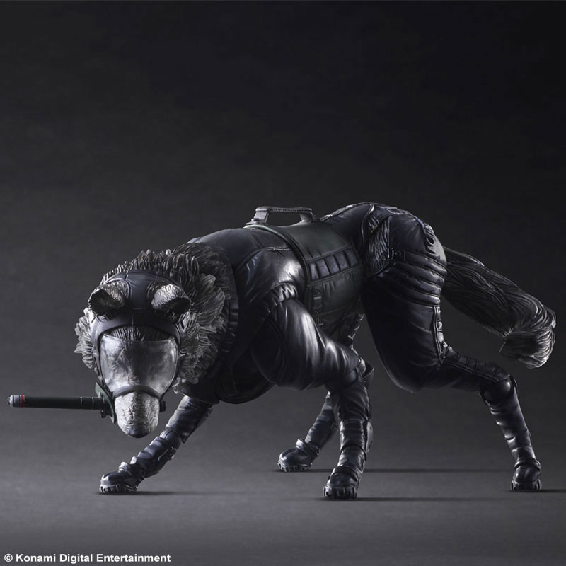 Play-Arts-Diamond-Dog-5
