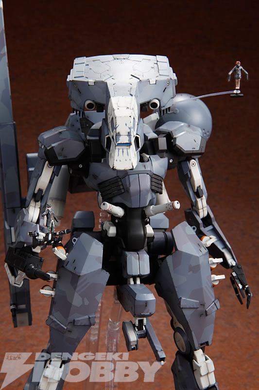 Kotobukiya-Metal-Gear-Sahelanthrophus-11