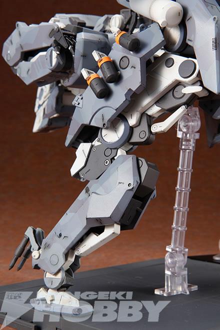 Kotobukiya-Metal-Gear-Sahelanthrophus-4