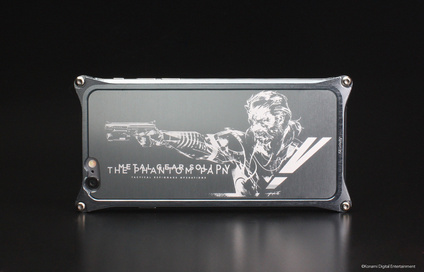 MGSV-X-Gild-Design-iPhone-Case-Snake-Version