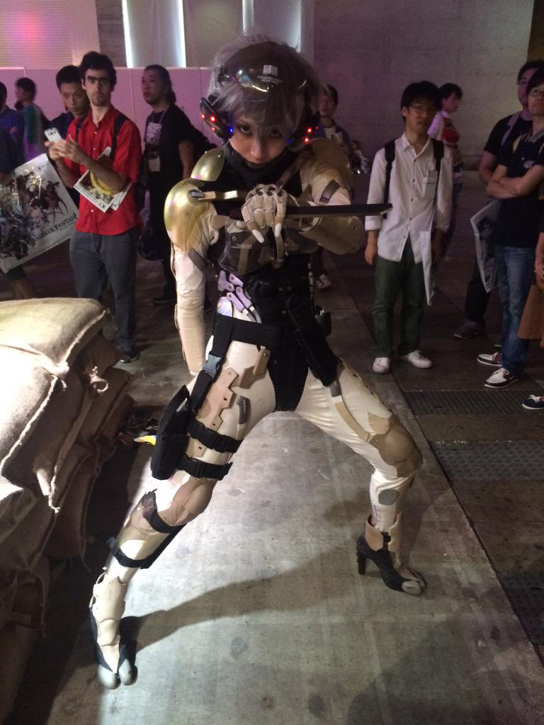 TGS-2015-Cosplay-13