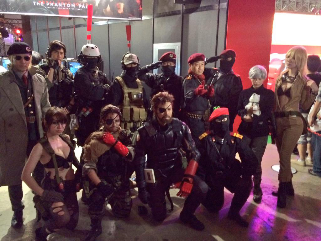 TGS-2015-Cosplay-2