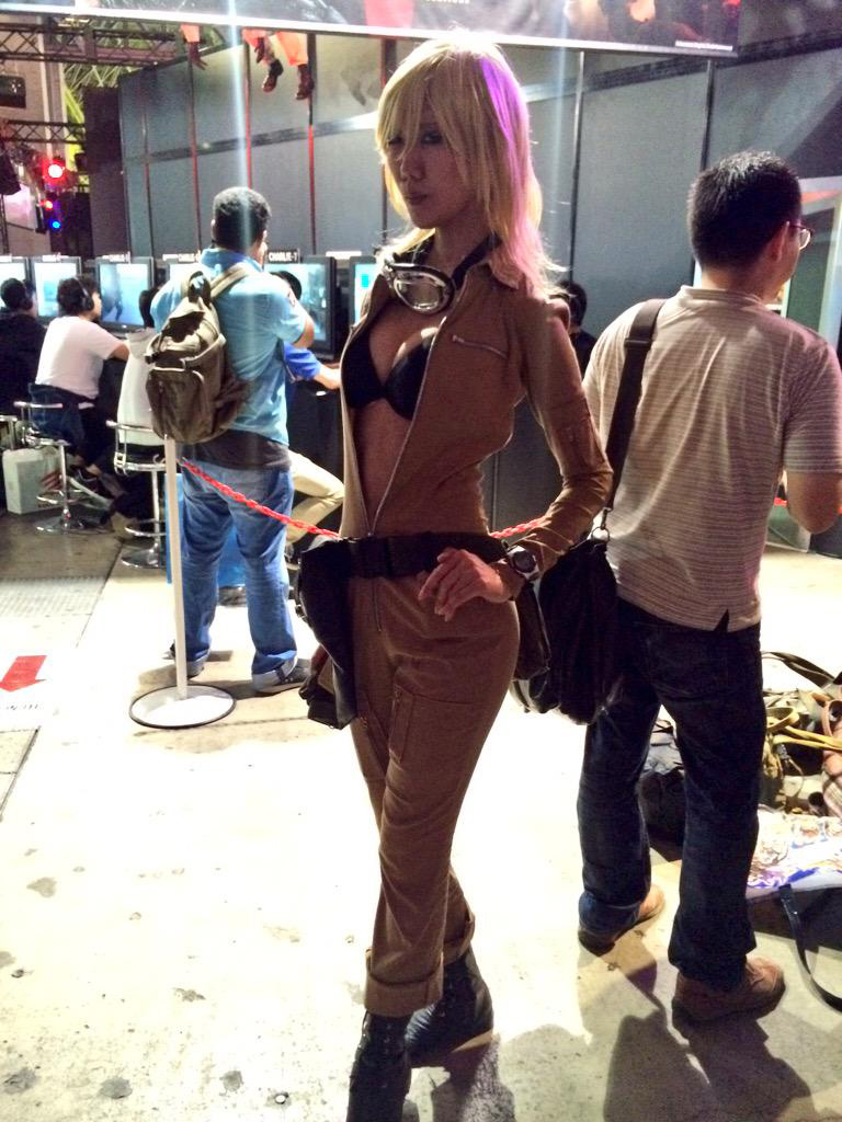 TGS-2015-Cosplay-7