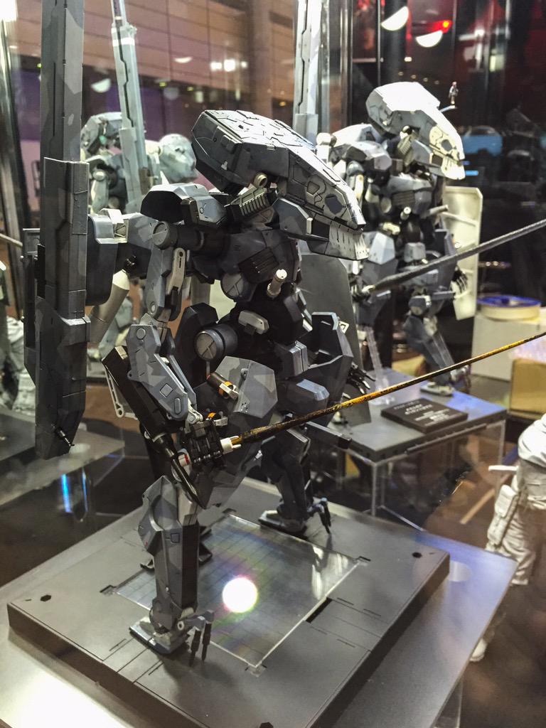 TGS-Metal-Gear-Sahelanthropus-Kotobukiya-2
