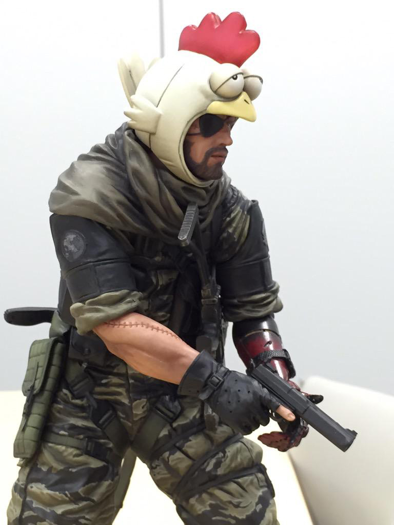 Union-Creative-Venom-Snake-Chicken-Hat-Kojima-2