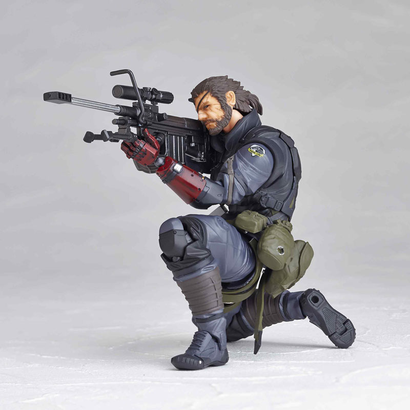Vulcanlog-Metal-Gear-Solid-V-Venom-Snake-Sneaking-Suit-Version-11