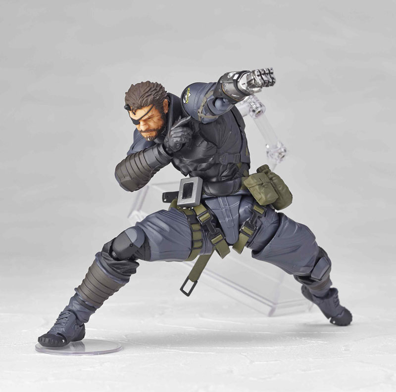 Vulcanlog-Metal-Gear-Solid-V-Venom-Snake-Sneaking-Suit-Version-13
