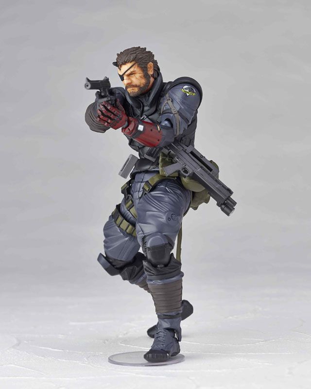 Vulcanlog-Metal-Gear-Solid-V-Venom-Snake-Sneaking-Suit-Version-4