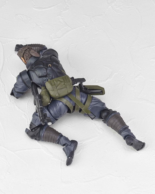 Vulcanlog-Metal-Gear-Solid-V-Venom-Snake-Sneaking-Suit-Version-6