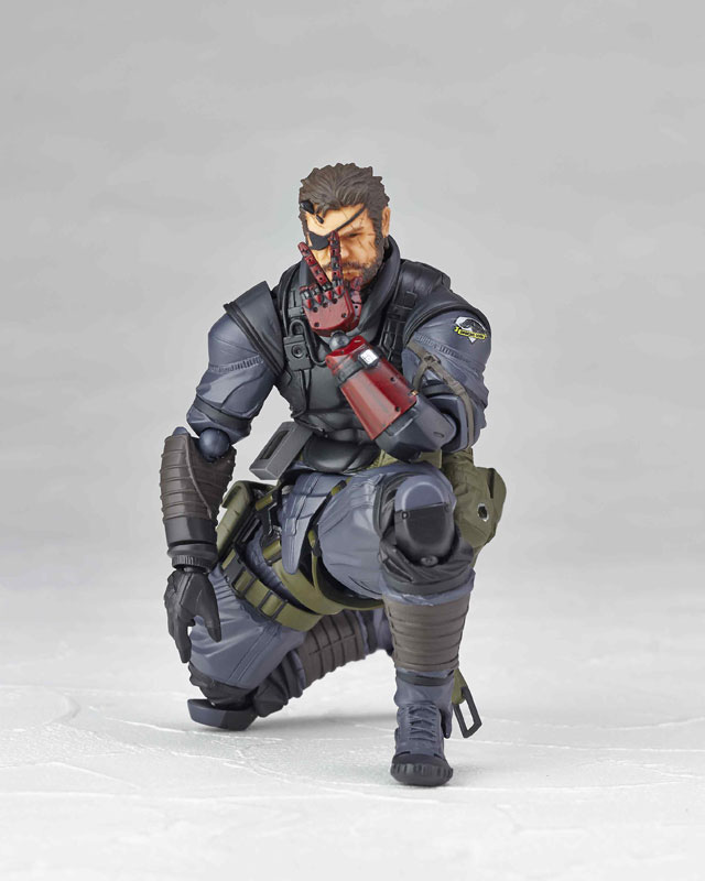 Vulcanlog-Metal-Gear-Solid-V-Venom-Snake-Sneaking-Suit-Version-7