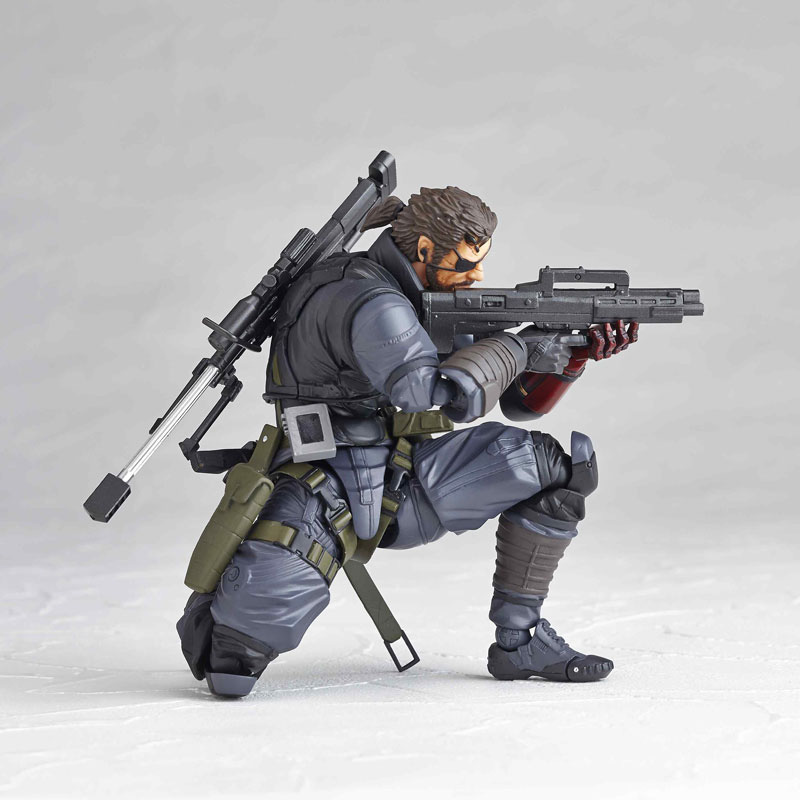 Vulcanlog-Metal-Gear-Solid-V-Venom-Snake-Sneaking-Suit-Version-8