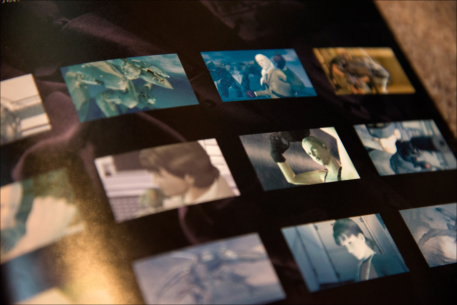 Metal-Gear-Solid-2-Sons-of-Liberty-Premium-Package-Book-Stills