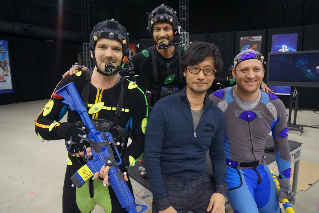Hideo-Kojima-Checking-Performance-Tech-3