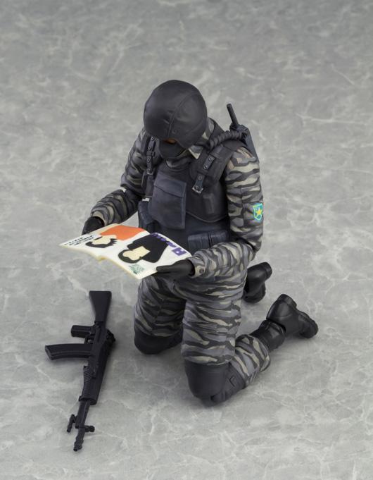 Figma-Gurlukovich-Soldier-5