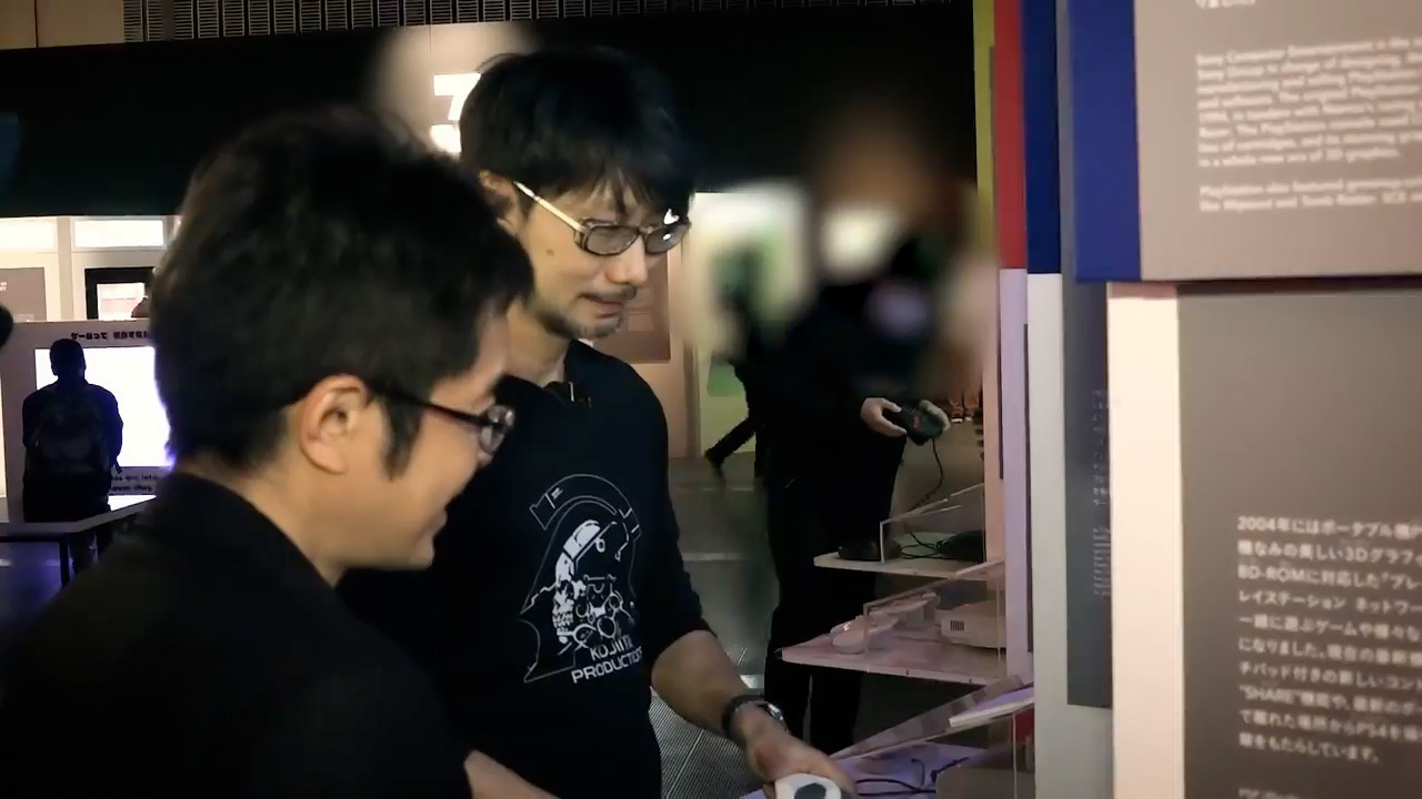 Kojima playing Ridge Racer