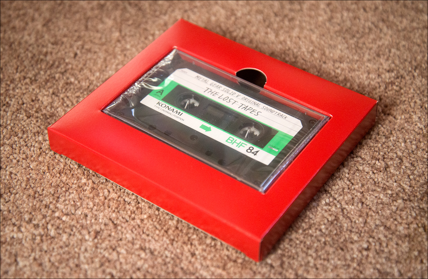 Metal-Gear-Solid-V-The-Lost-Tapes-Cassette-Tape-Holder