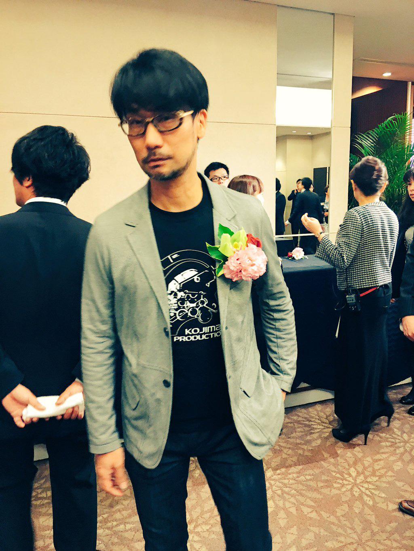 Famitsu-Awards-2015-Kojima