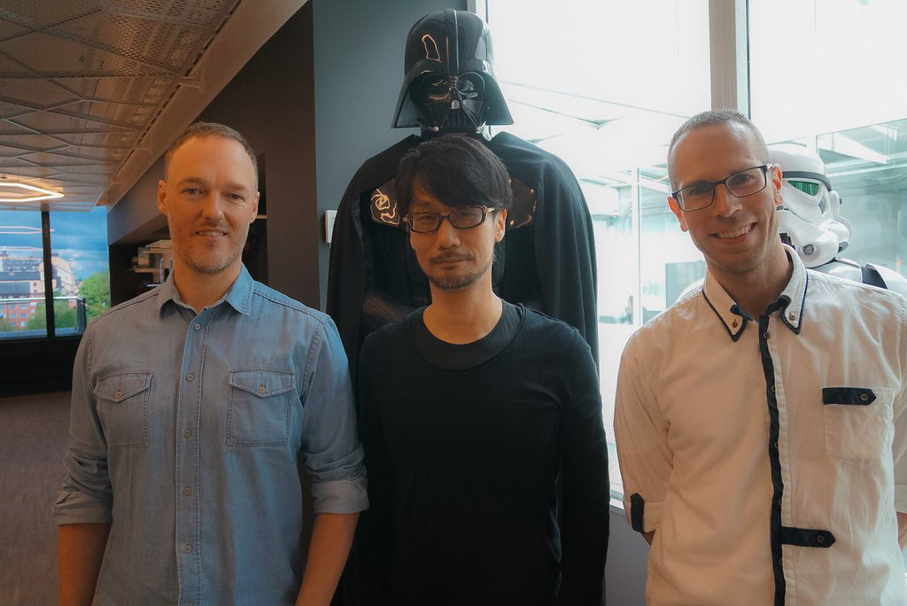 Hideo-Kojima-at-DICE-1