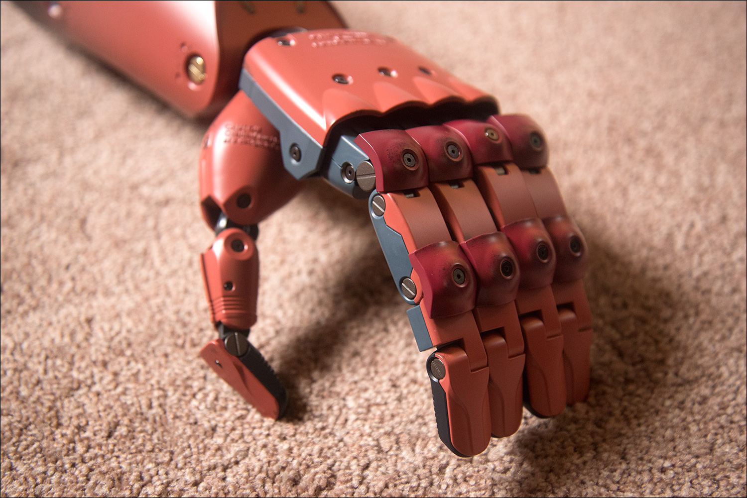 MGSV-Full-Scale-Bionic-Arm-Hand