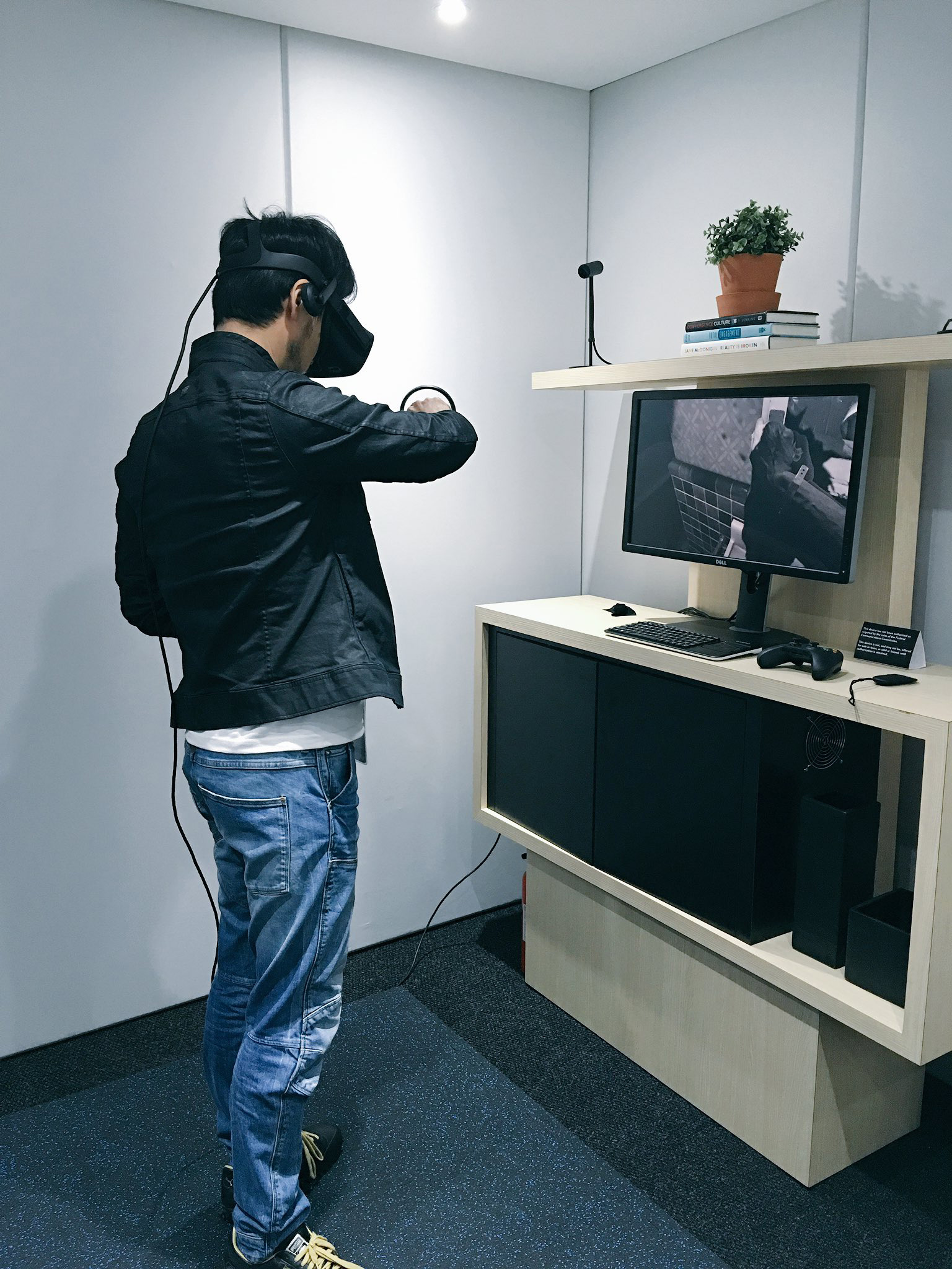 """Hideo Kojima checking out Oculus."" - Ayako"