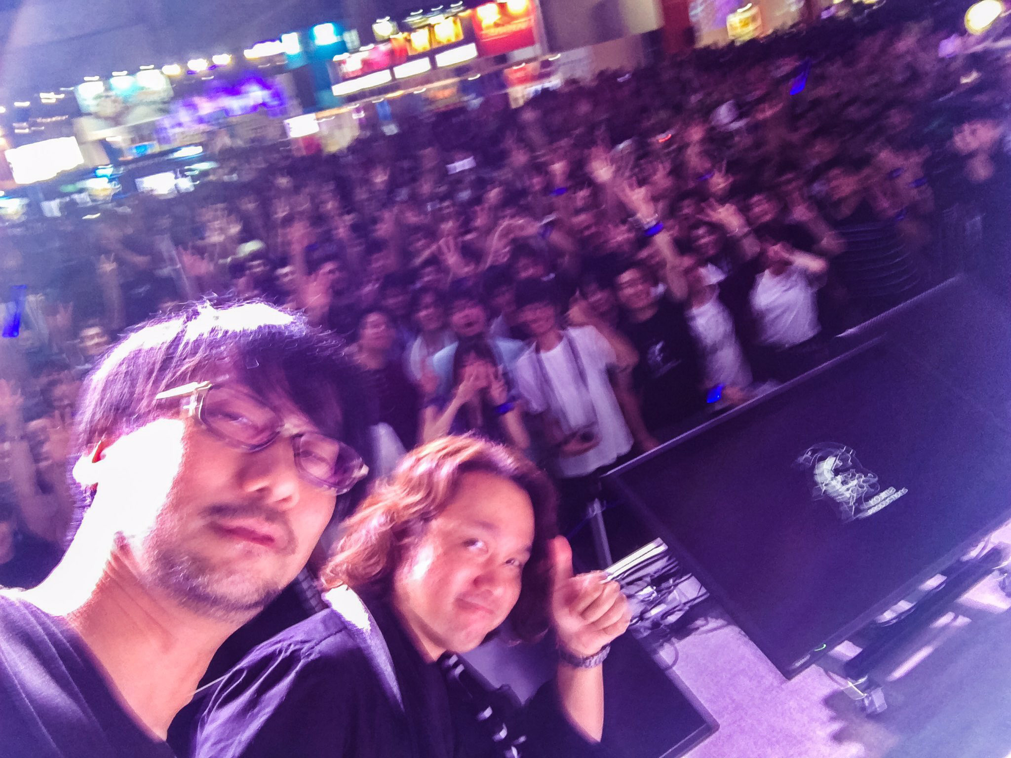 shinkawa-and-kojima-tgs-2016-selfie