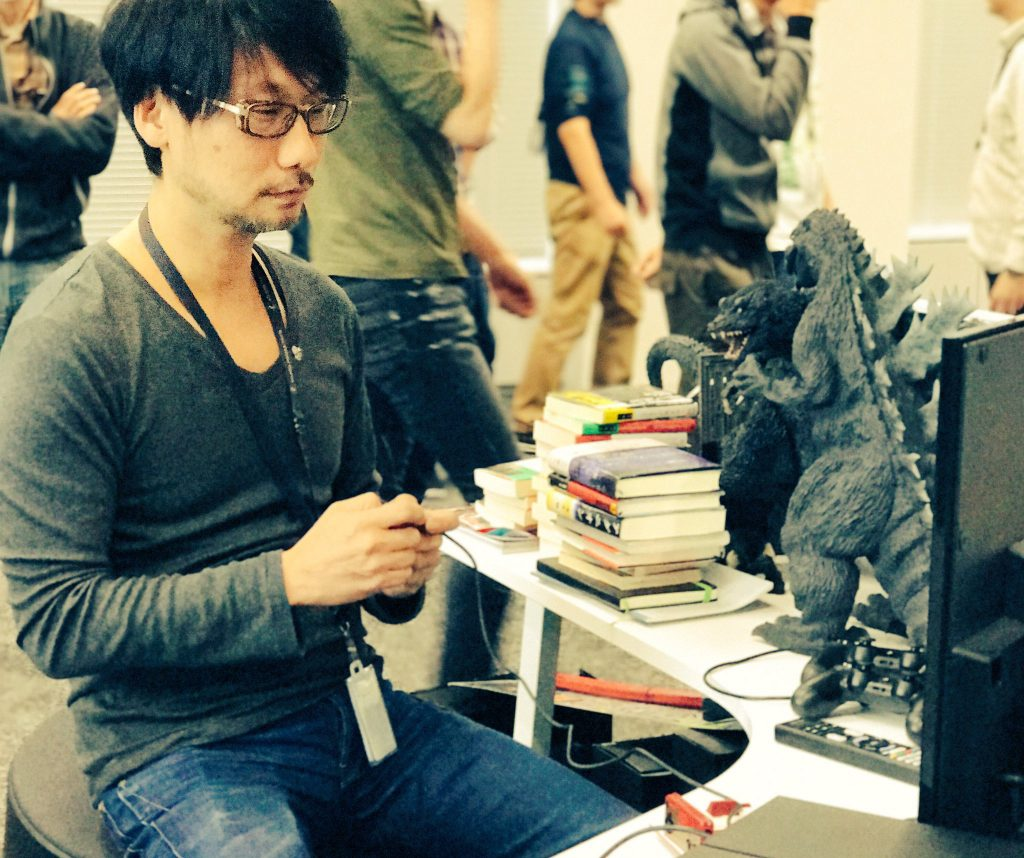 hideo-kojima-plays-famicom-mini